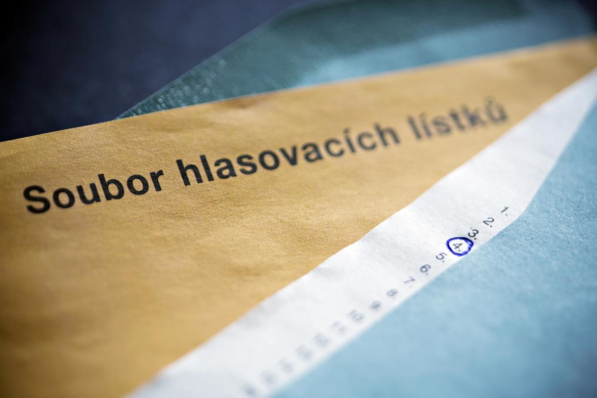 Soubor hlasovacích lístků