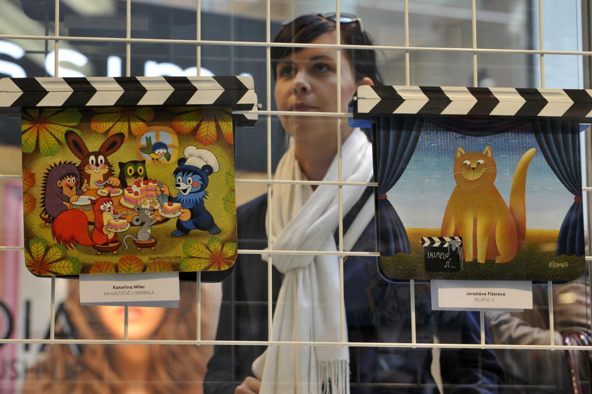 Výstava umělecky ztvárněných filmových klapek