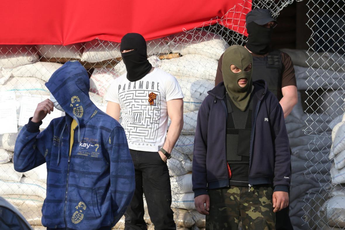Separatisté dál zadržují pozorovatele ze zemí OBSE