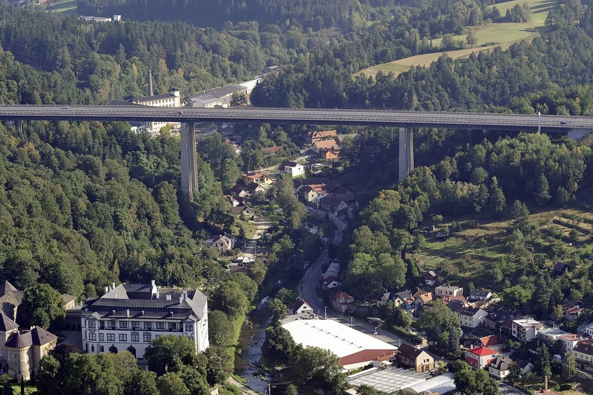 Dálnice D1 kolem Velkého Meziříčí