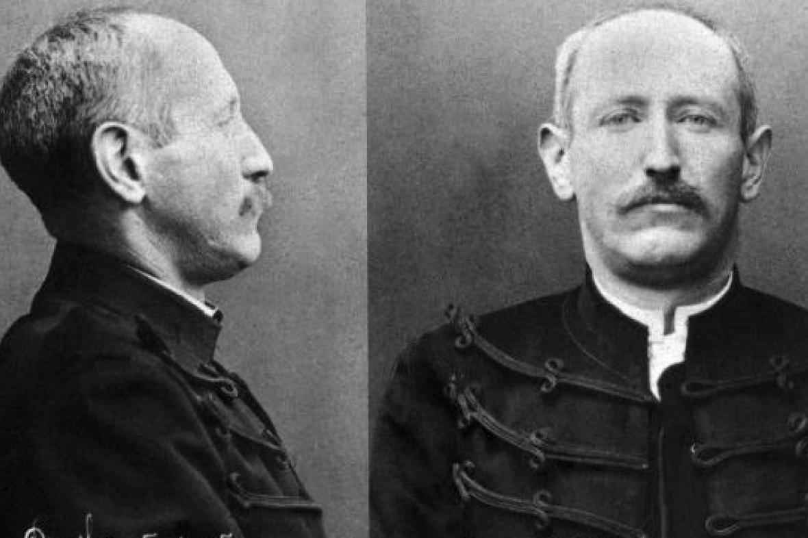 Dělostřelecký důstojník Alfred Dreyfus