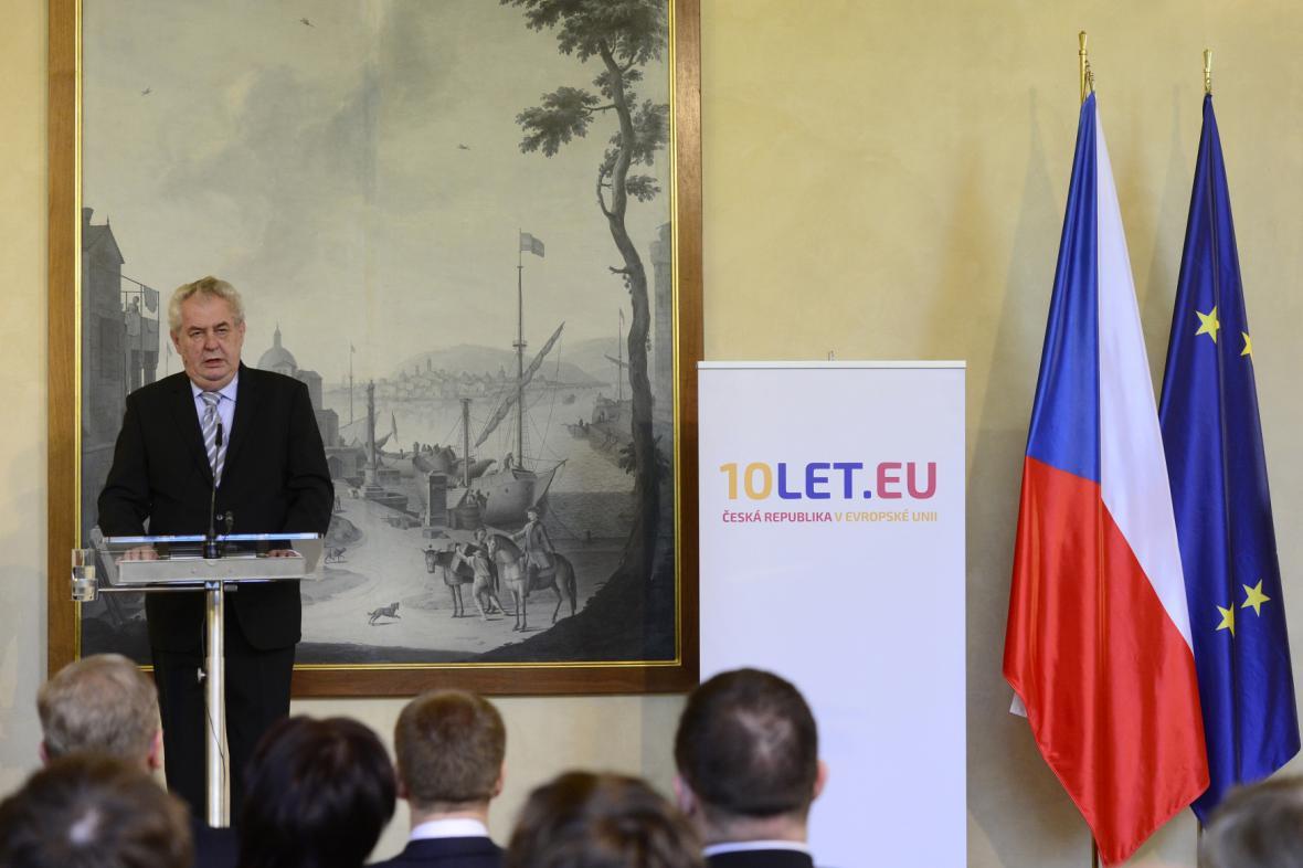 Miloš Zeman na konferenci k 10 letům v EU