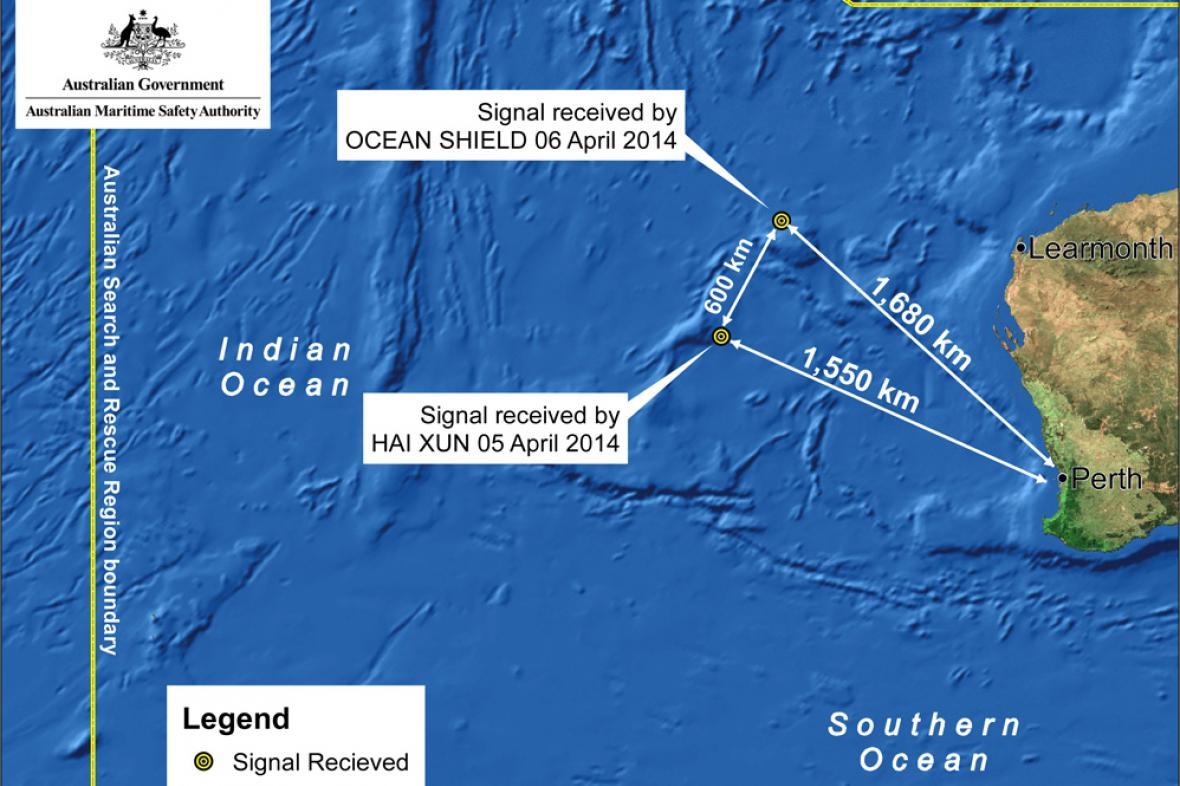 Další loď pátrající po malajsijském letadle zachytila signály