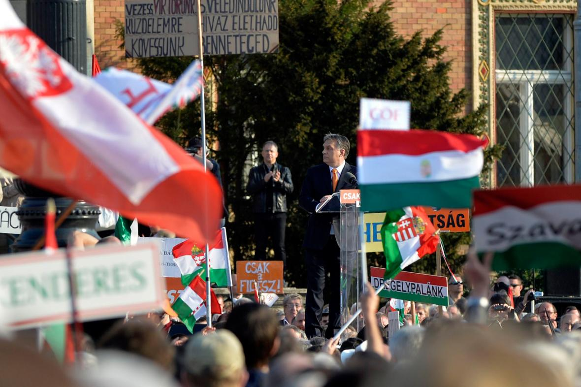 Viktor Orbán na předvolebním mítinku Fideszu