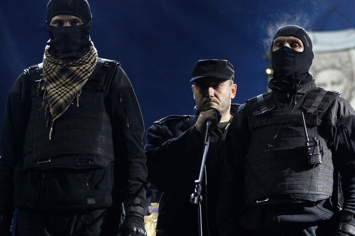 Ultrapravicové uskupení Pravý sektor na kyjevském Majdanu