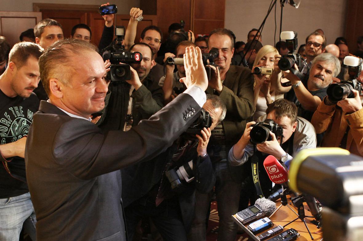 Andrej Kiska byl zvolen novým slovenským prezidentem