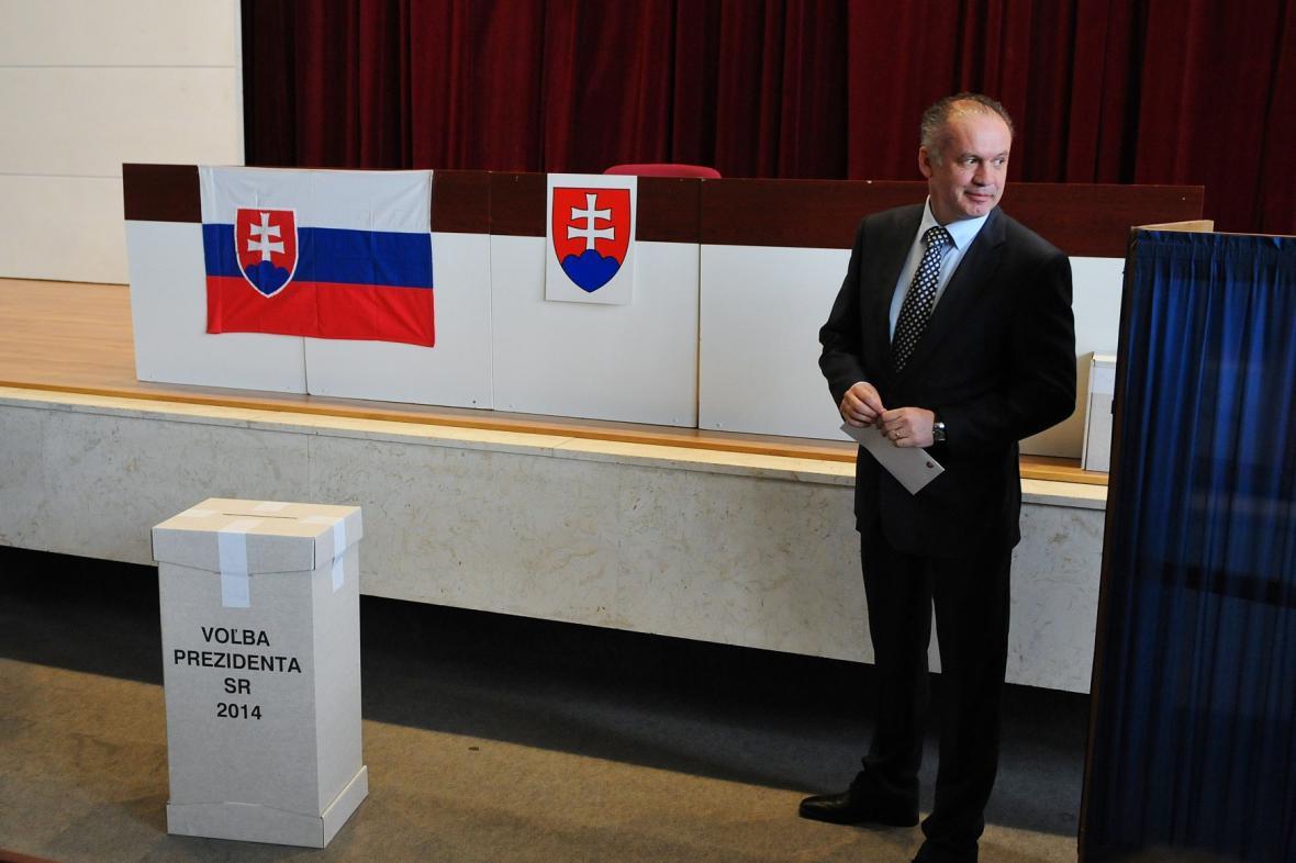 Andrej Kiska u voleb