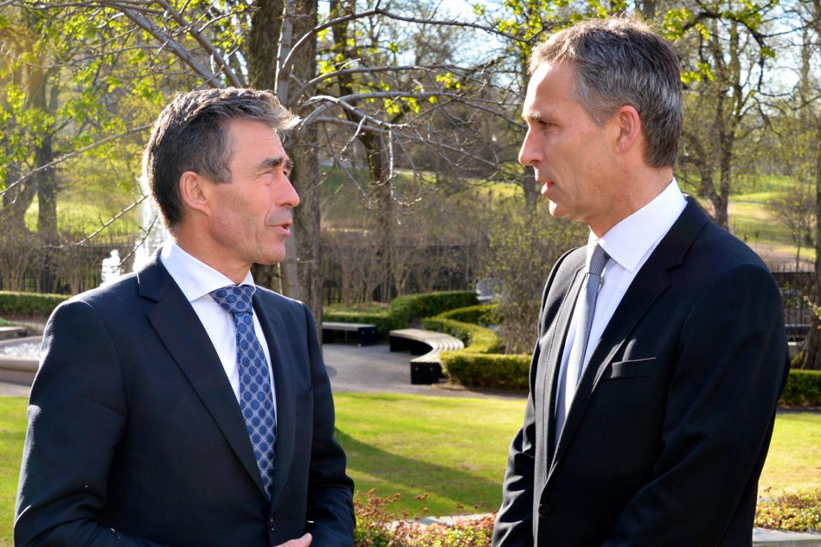 Anders Fogh Rasmussen a Jens Stoltenberg