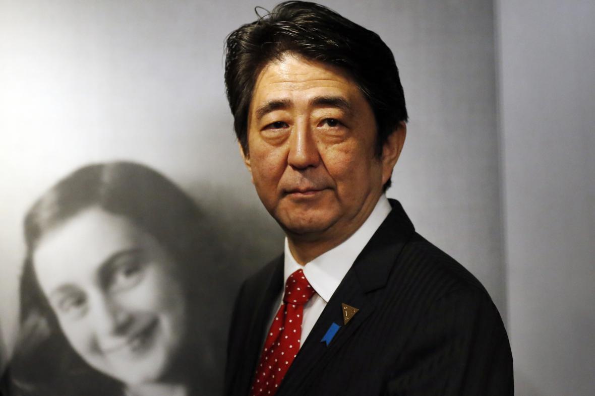 Japonský premiér Šinzó Abe navštívil muzeum Anny Frankové