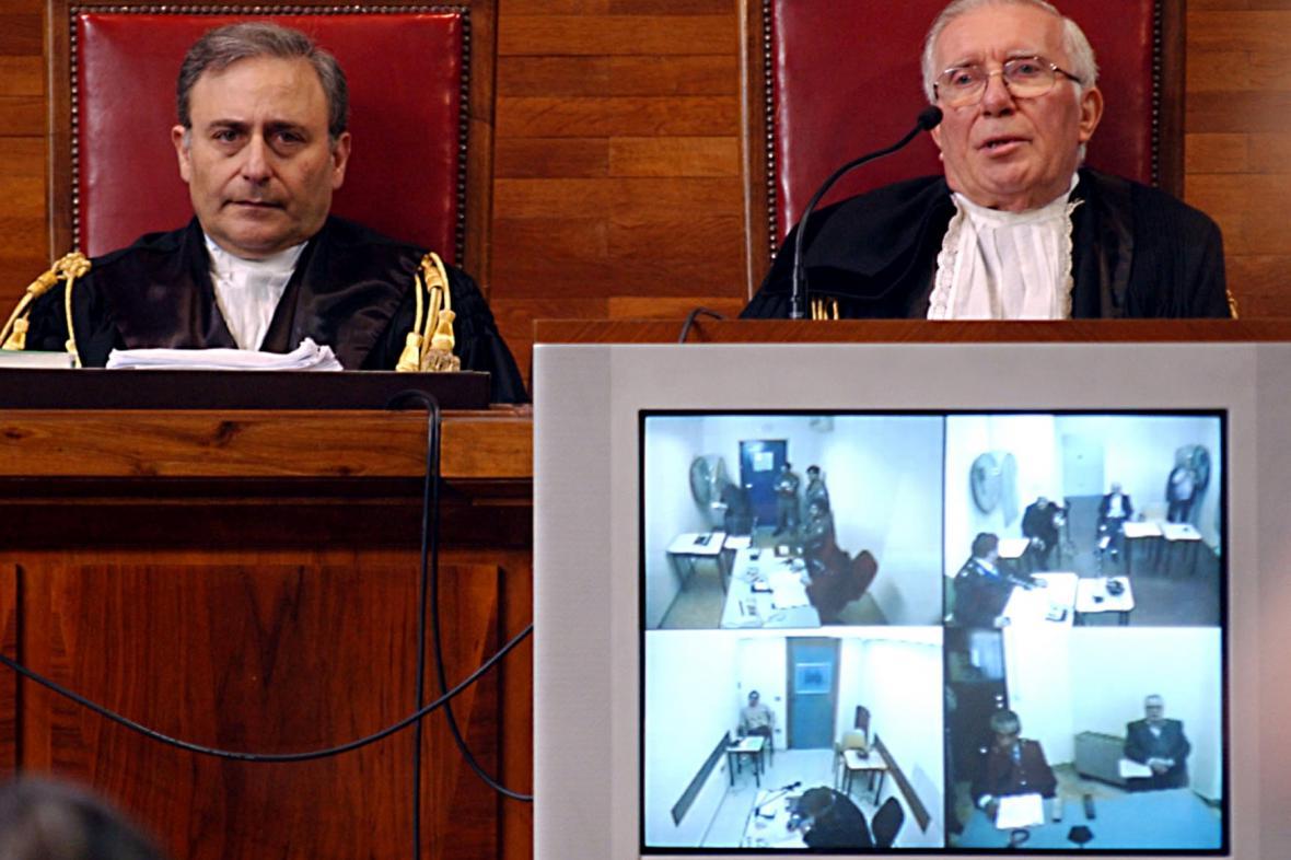 Soud s využitím videopřenosu - ilustrační foto