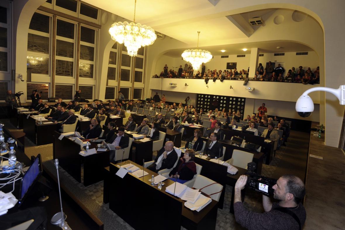 Jednání zastupitelstva města Ústí nad Labem