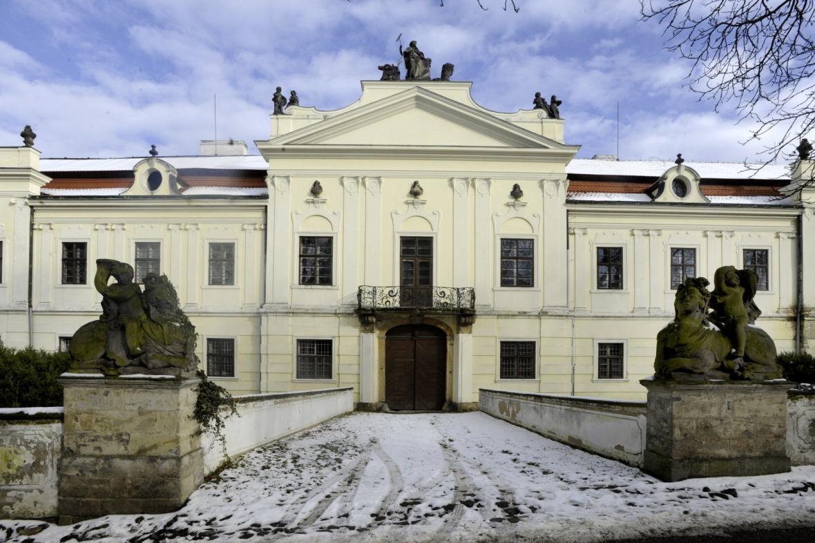 Perucký zámek