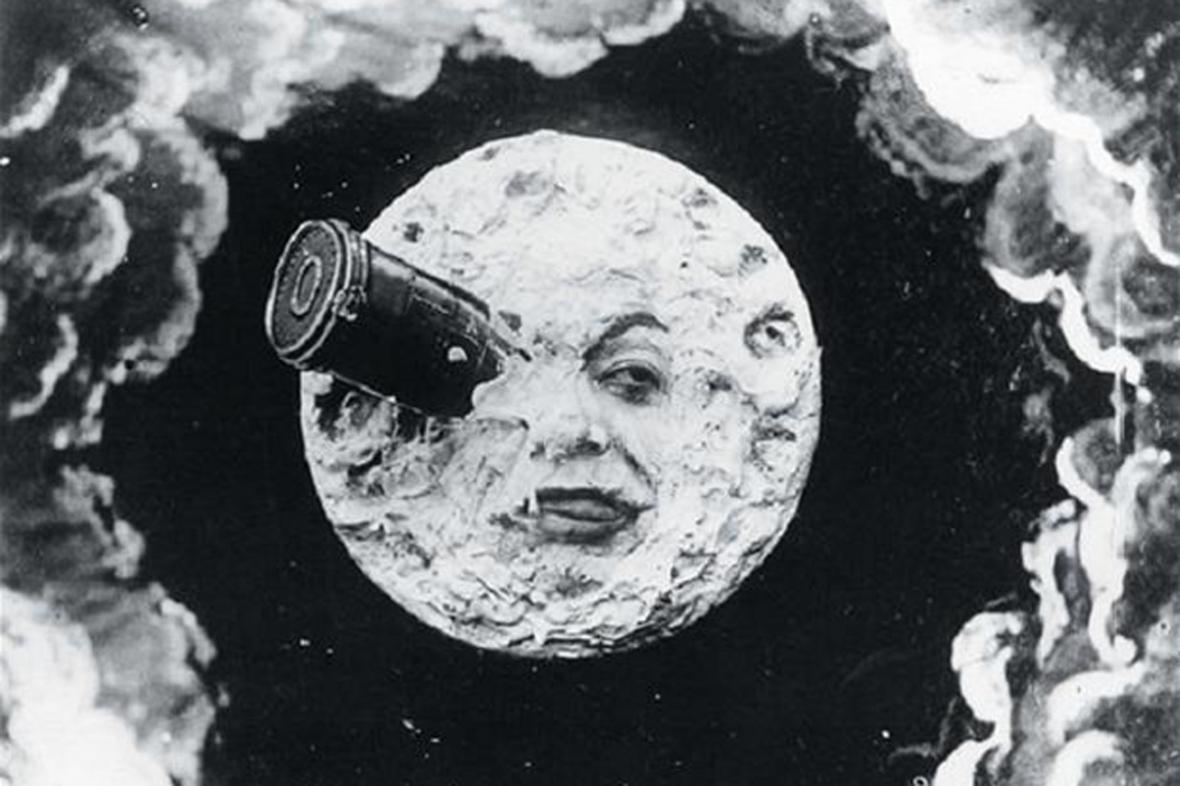 Film Cesta na Měsíc z roku 1902