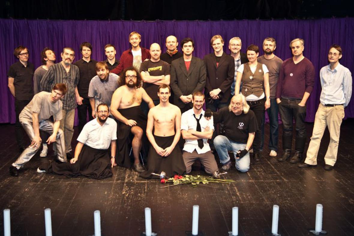 Tým Činoherního studia Ústí nad Labem po představení Romeo a Julie