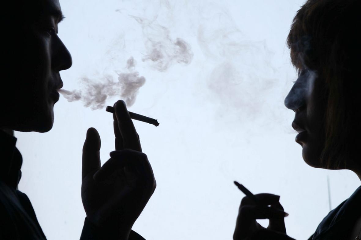 Čína začíná bojovat s tabákem na všech frontách