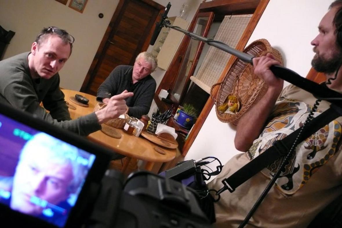 Natáčení snímku / vlevo Robert Kirchhoff