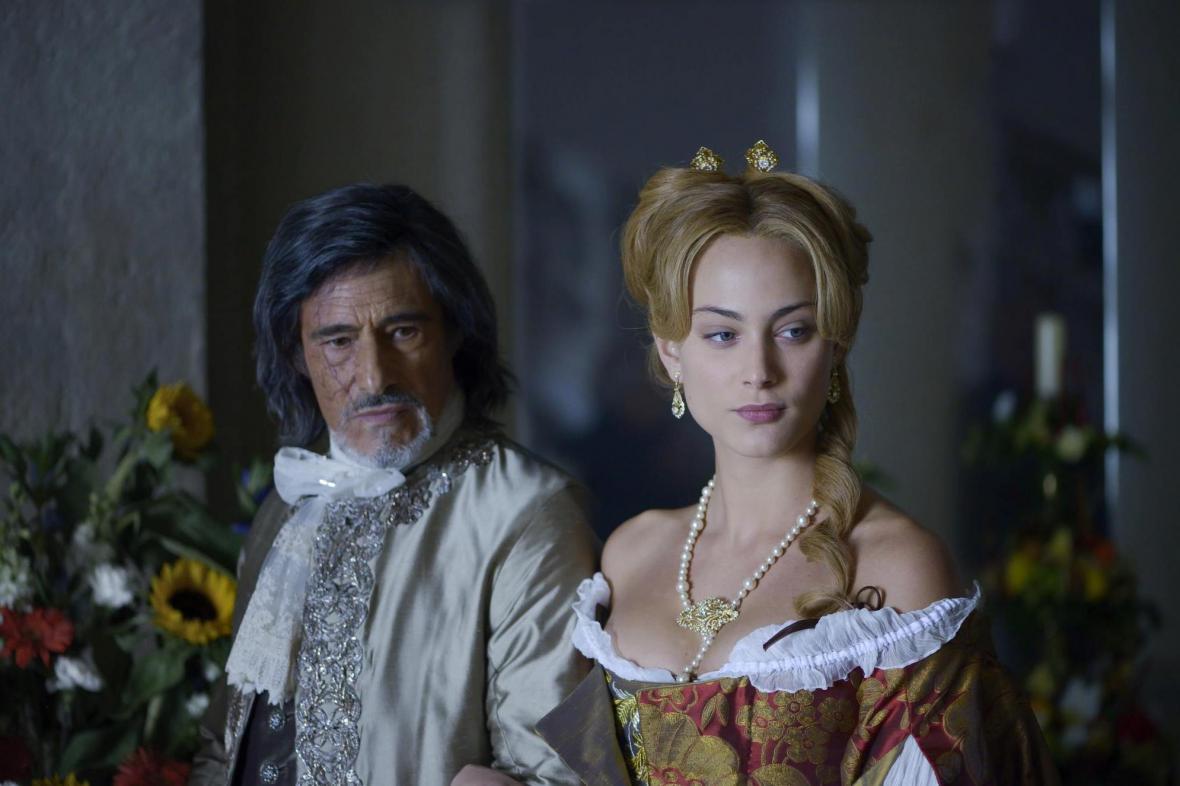 Joffrey de Peyrac a Angelika