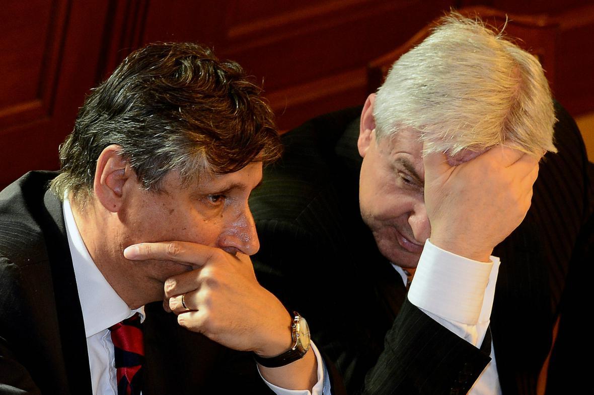 Rusnokův kabinet důvěru nedostal