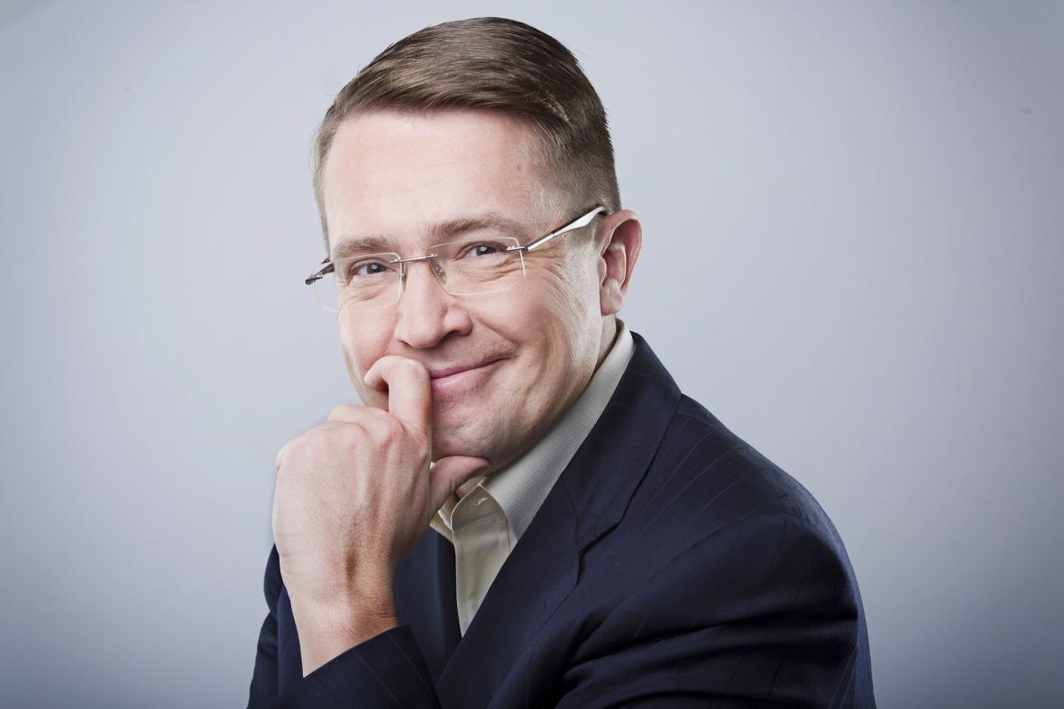 Roman Šmucler - moderátor soutěže Nejchytřejší Čech
