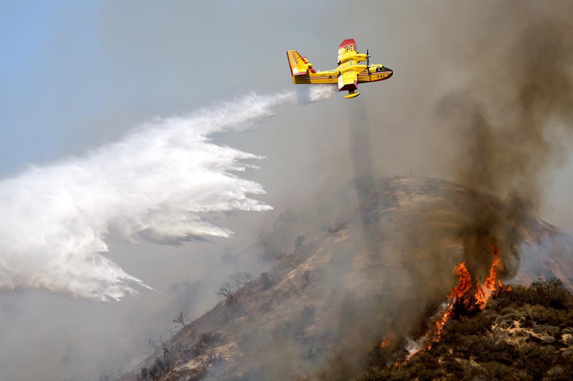 Hašení požárů v Kalifornii