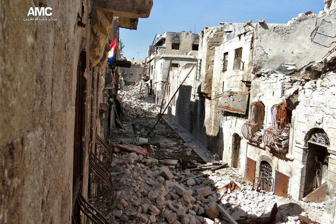 Boje v Sýrii - zničené Aleppo