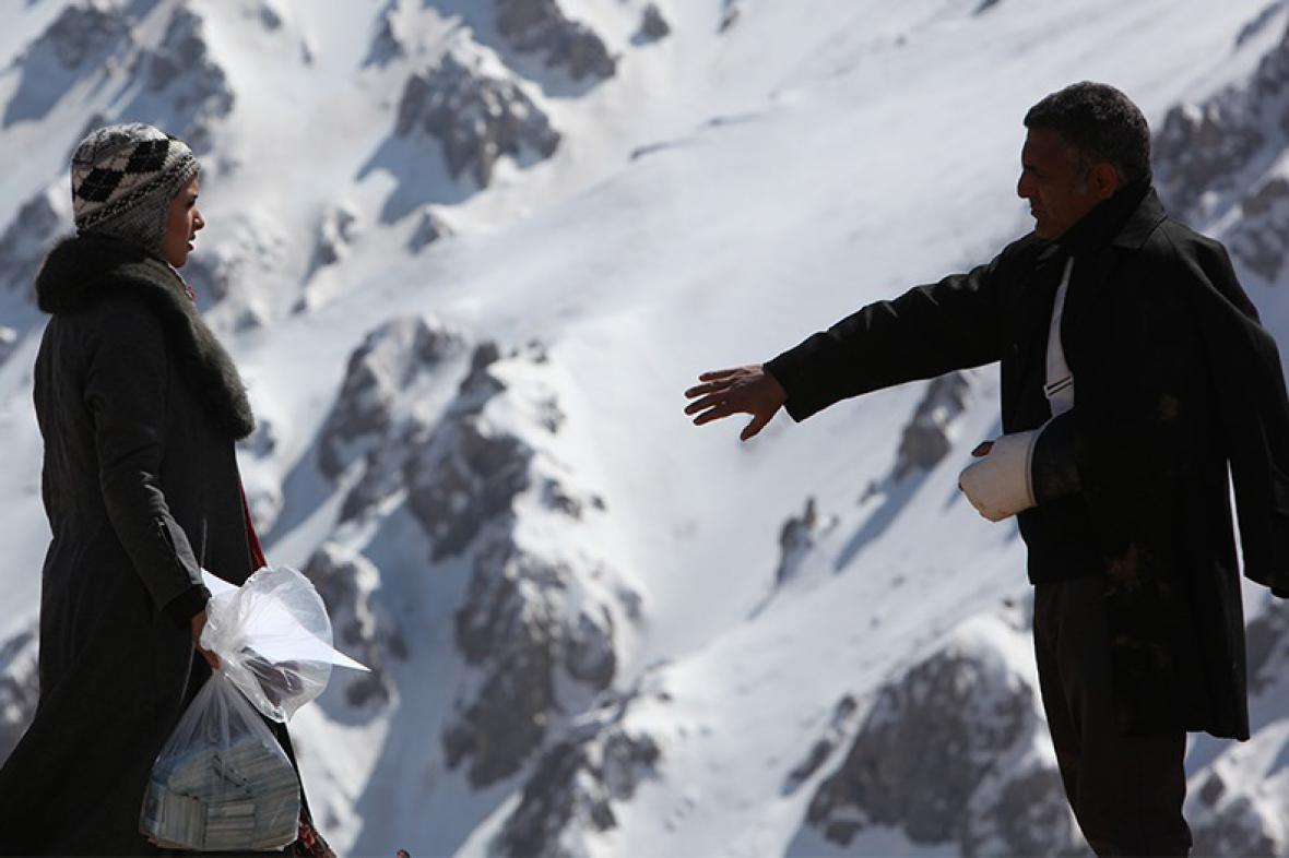Skromné pohoštění (režie Mani Haghighi, 2012)