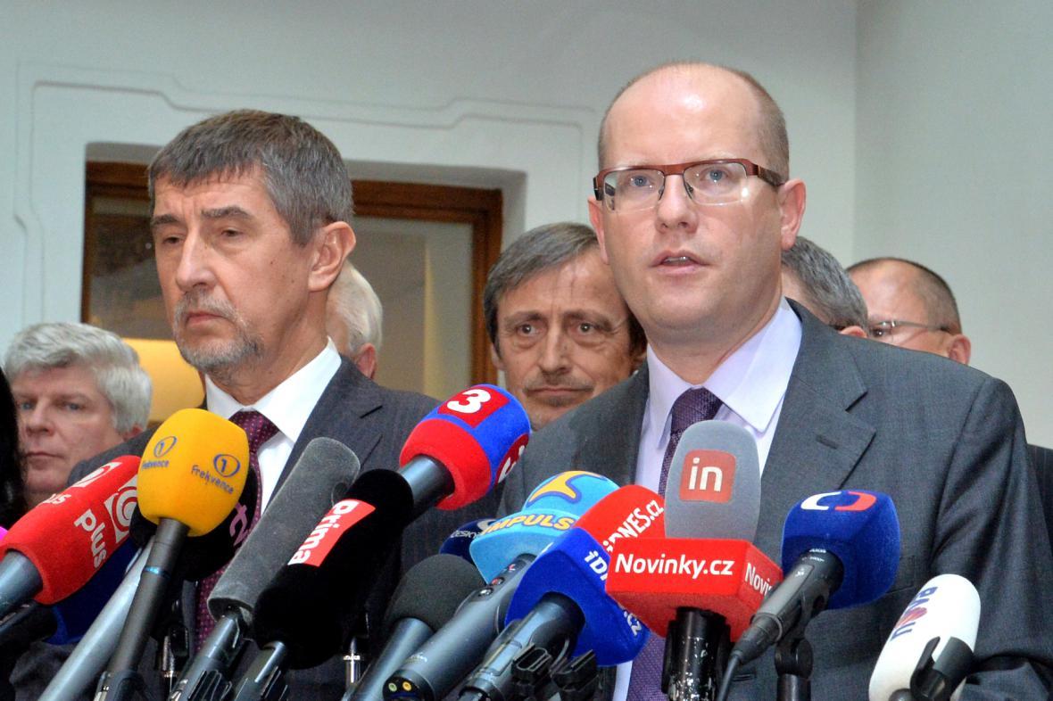 Bohuslav Sobotka (ČSSD), Andrej Babiš (ANO) a Martin Stropnický (ANO)