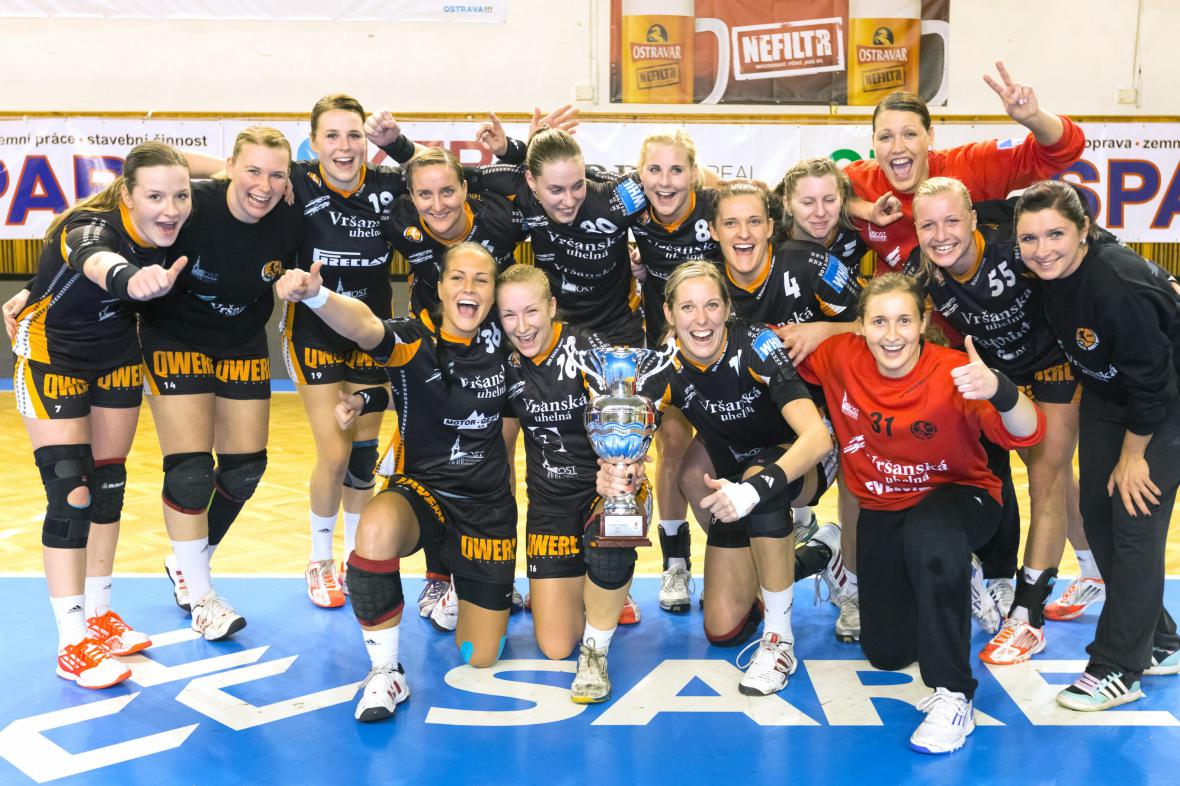 Vítězky Českého poháru 2013 z Baníku Mostu