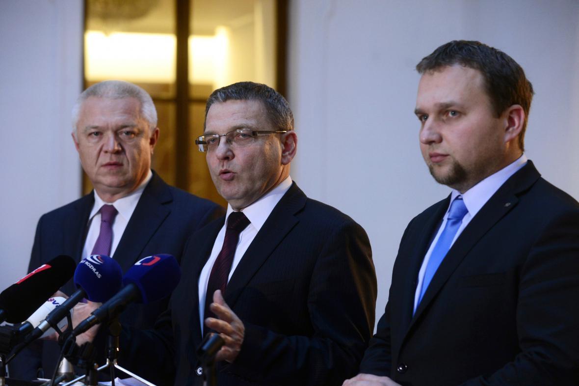 Jaroslav Faltýnek (ANO), Lubomír Zaorálek (ČSSD) a Marian Jurečka (KDU-ČSL)