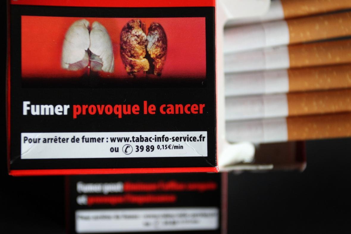 Varování před následky kouření na cigaretách