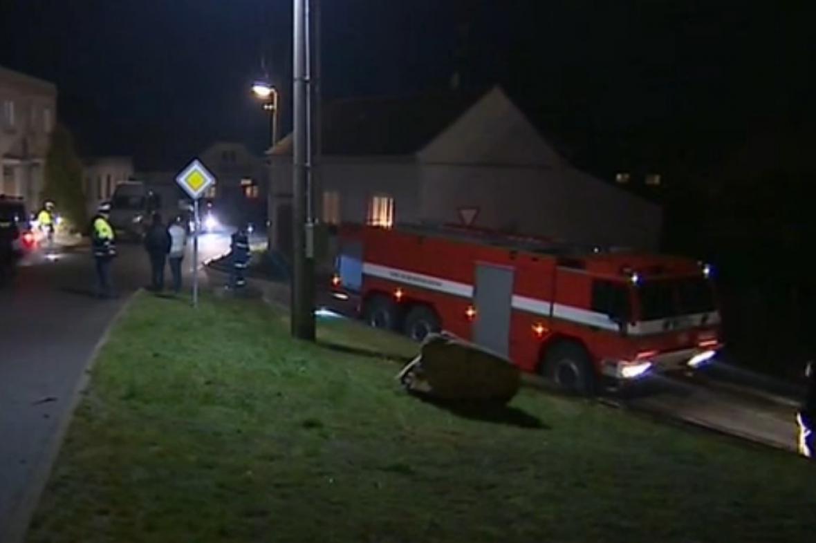 Při výbuchu v Žerůtkách zemřela matka se synem