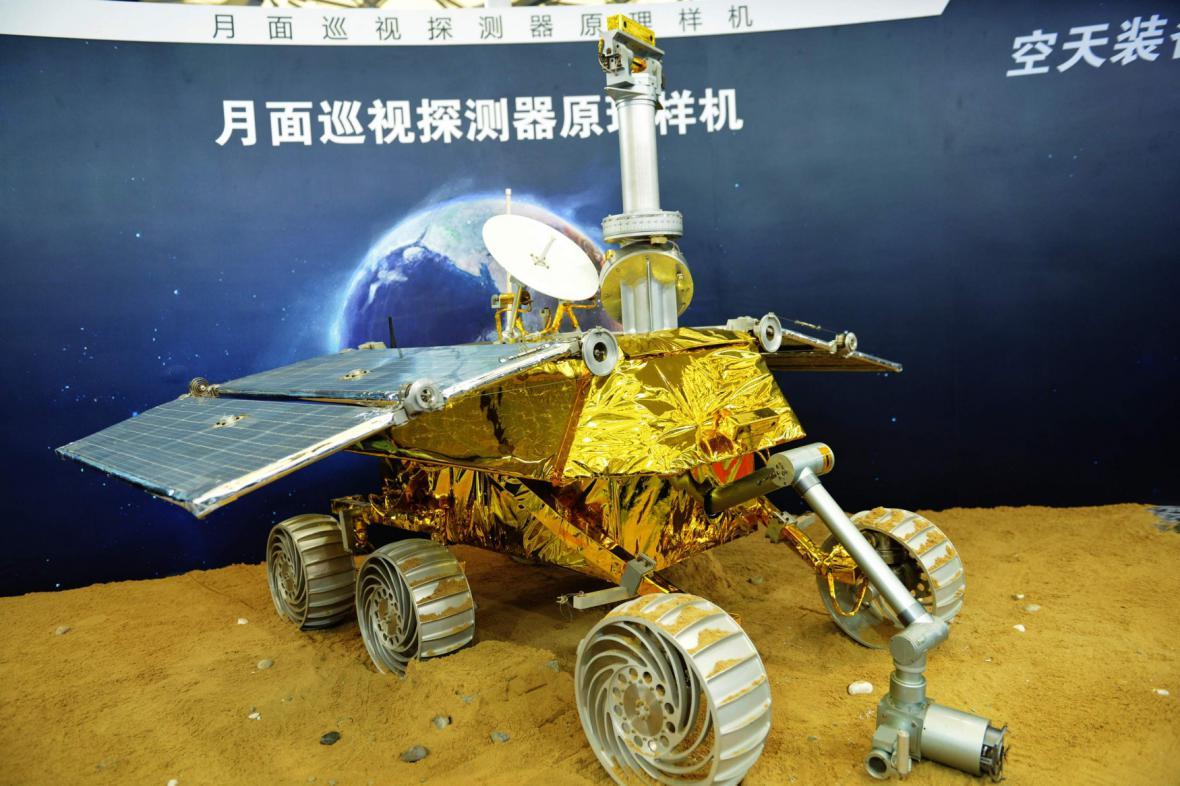 Model měsíčního modulu, který Čína posílá na Měsíc