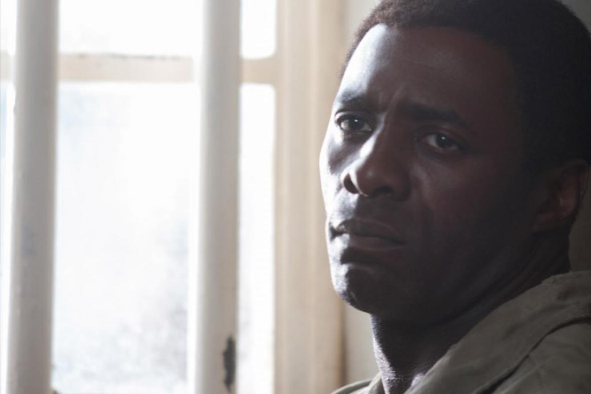 Idris Elba jako Nelson Mandela