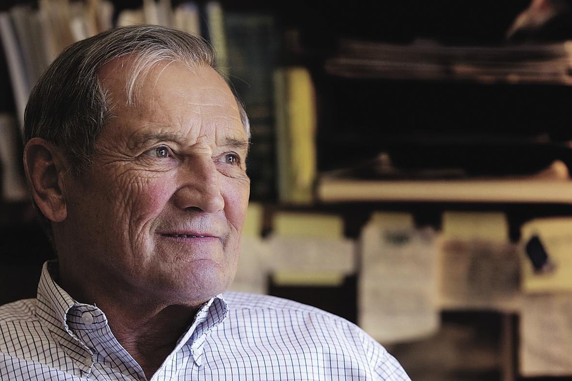 Merrill Newman na snímku z roku 2005