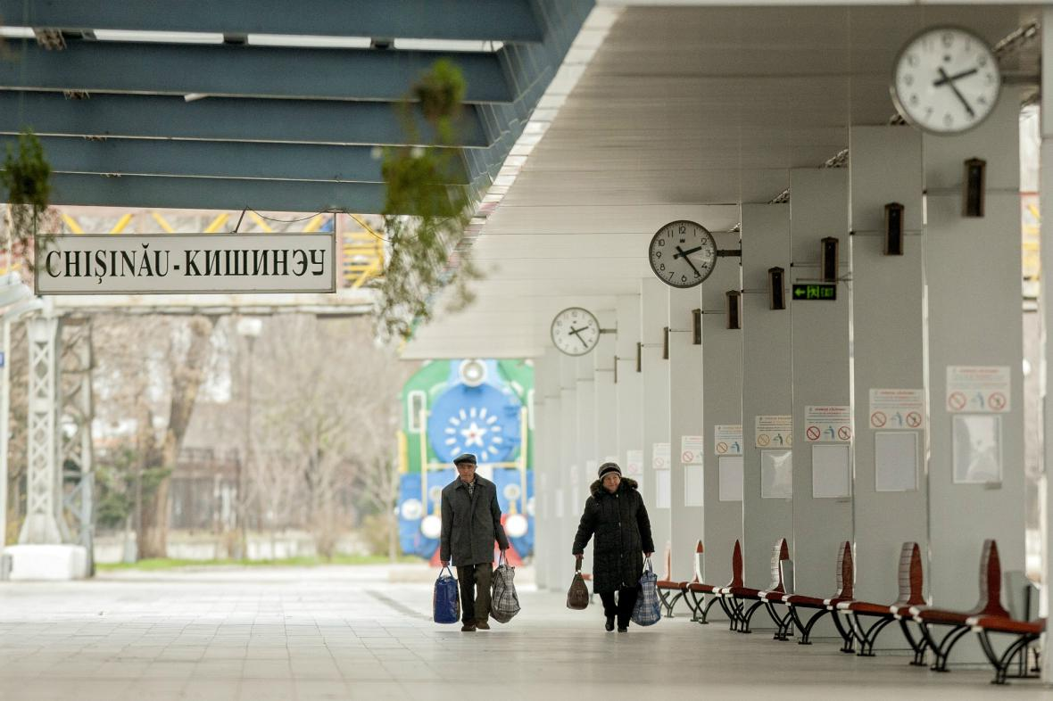 Moldavština bude od příště rumunštinou