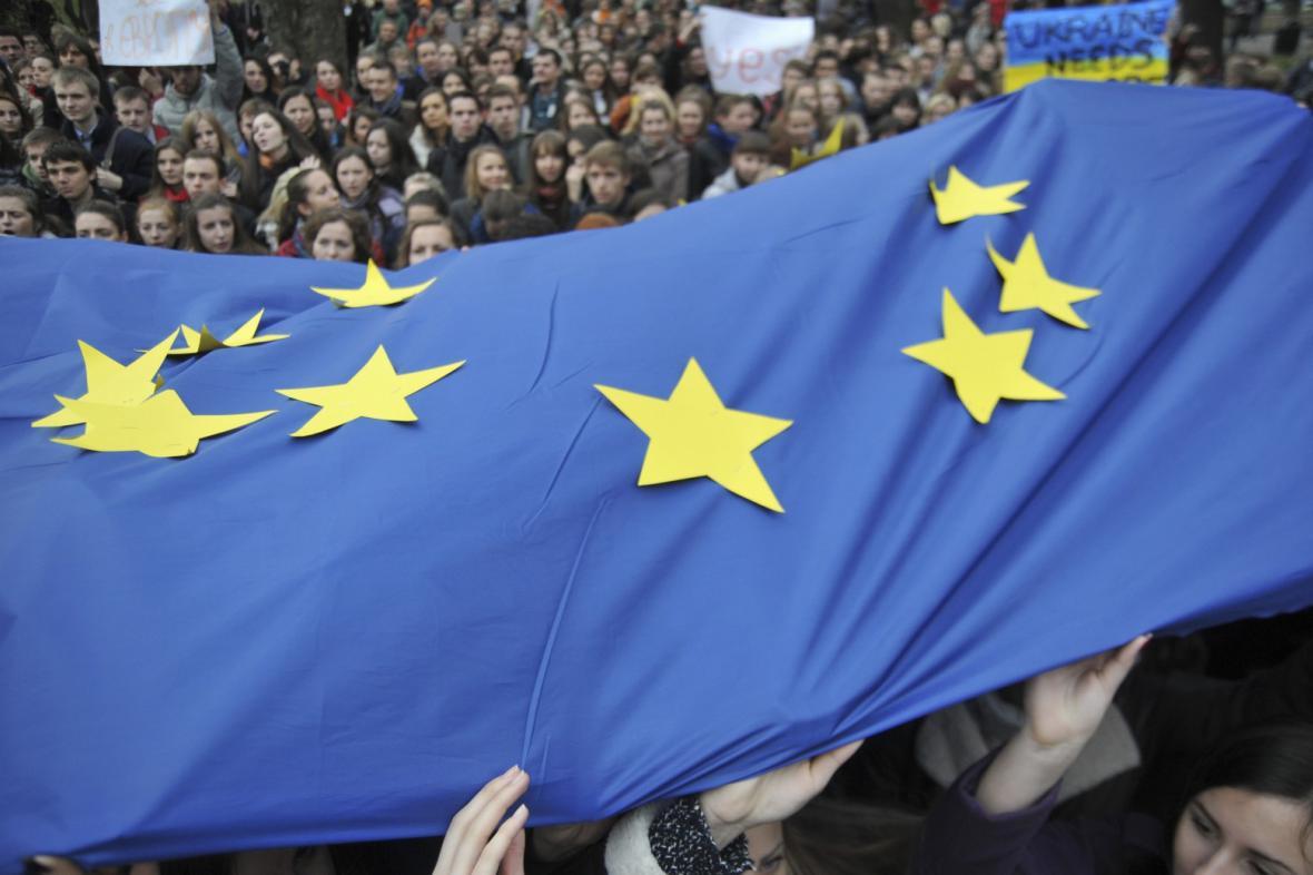 Demonstrace Ukrajinců na podporu integrace s EU
