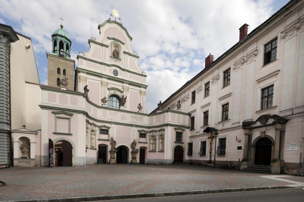 Minoritský klášter a kostel sv. Ducha v Opavě