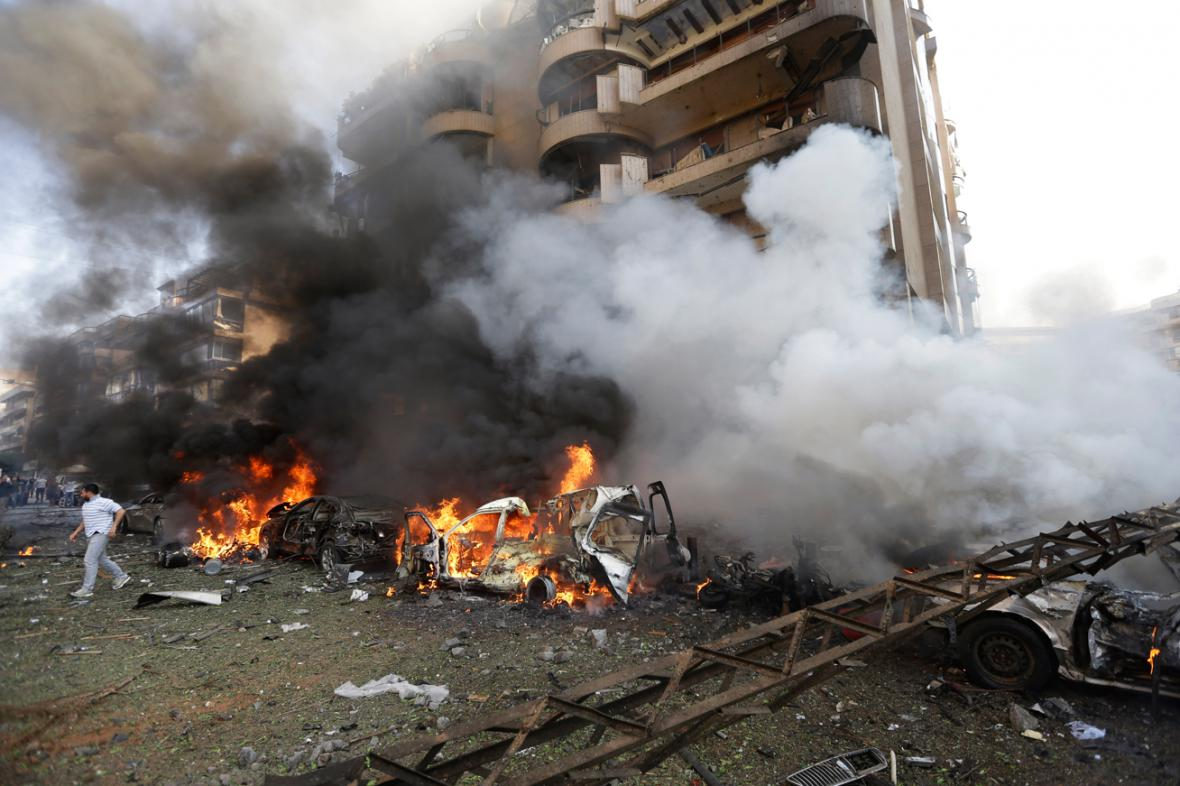 Výbuch u íránské ambasády v Bejrútu