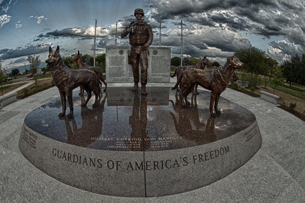 Památník padlých psů v San Antoniu