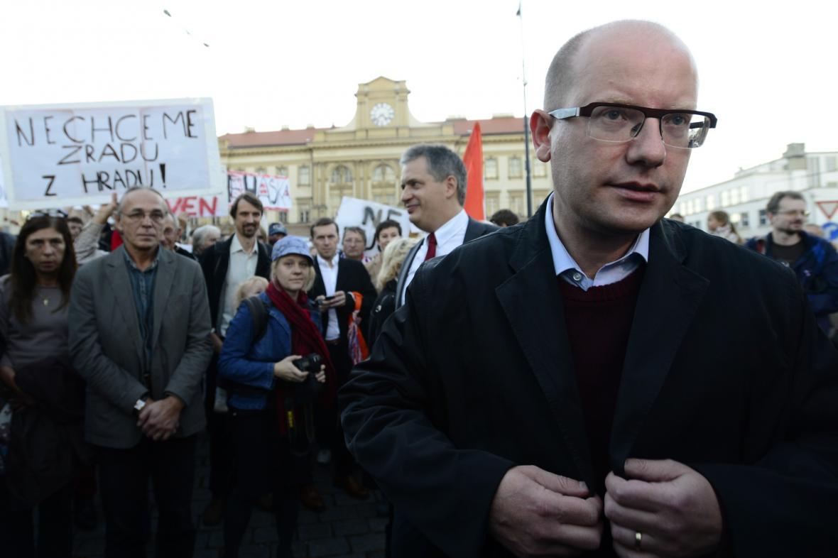 V Praze proběhl pochod na podporu Bohuslava Sobotky