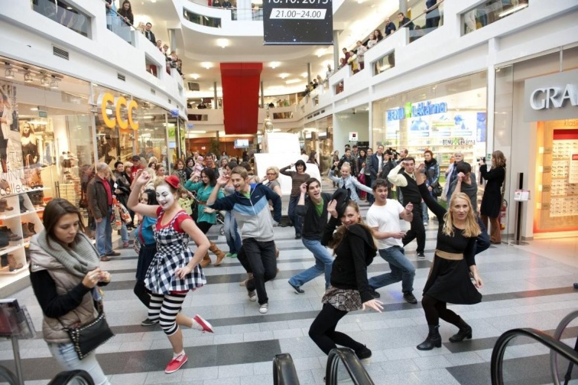 Flashmob Městského divadla ve Zlíně