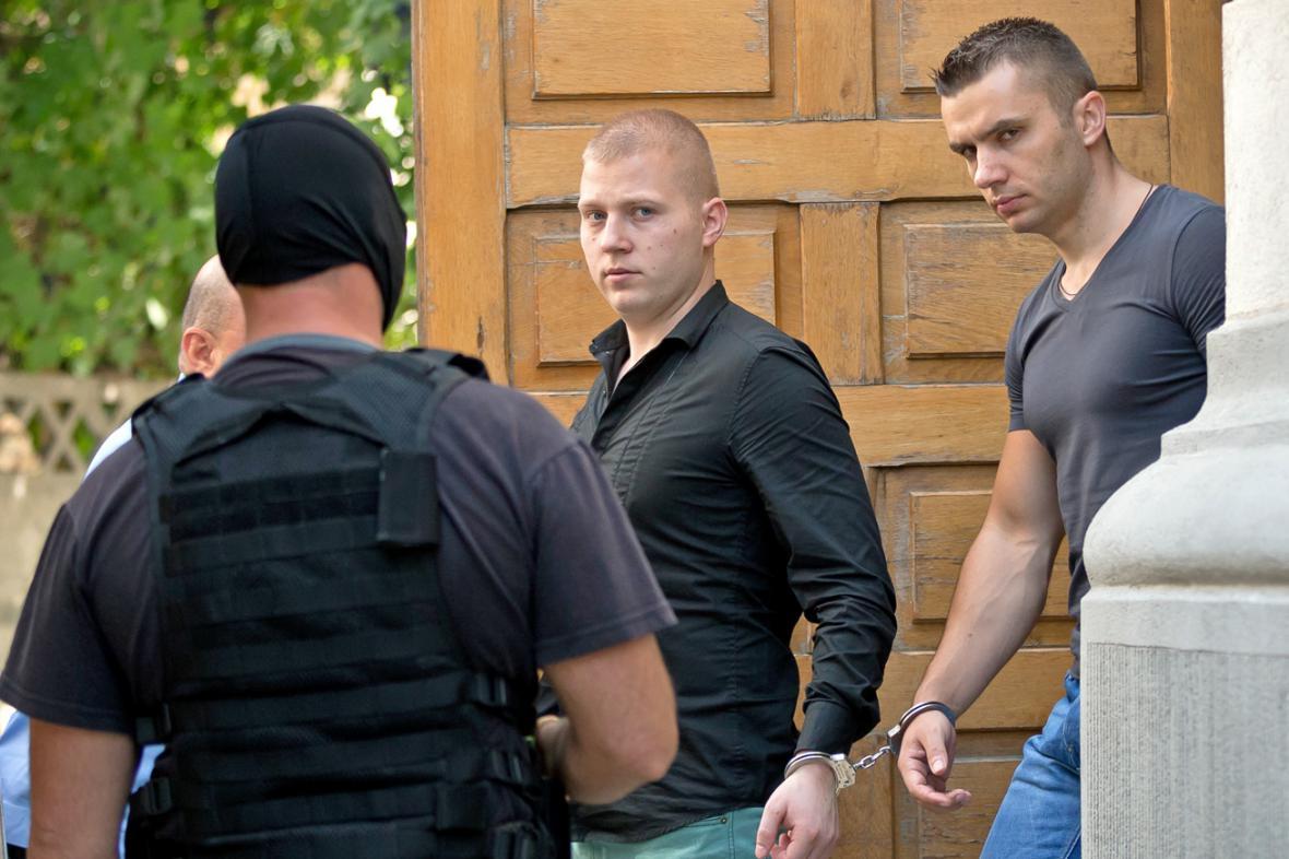 Podezřelí Rumuni Eugen Darie a Radu Dogaru