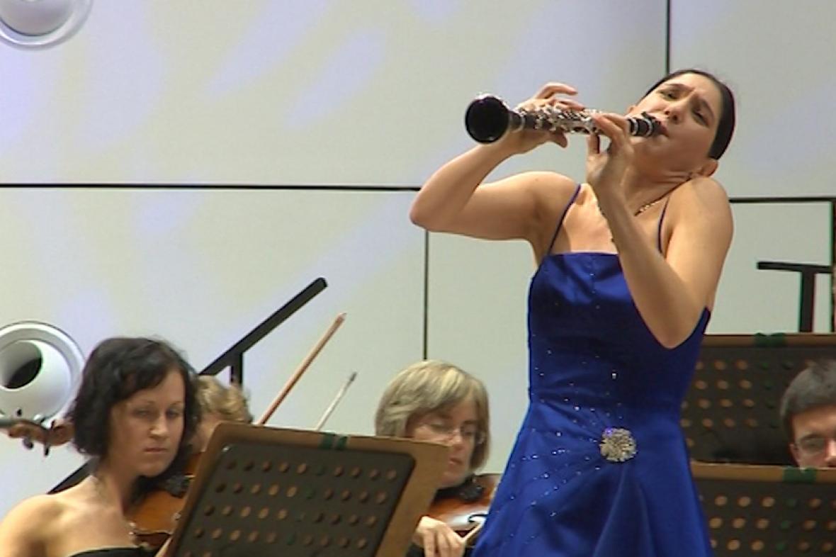 Izraelská klarinetistka Sharon Khamová