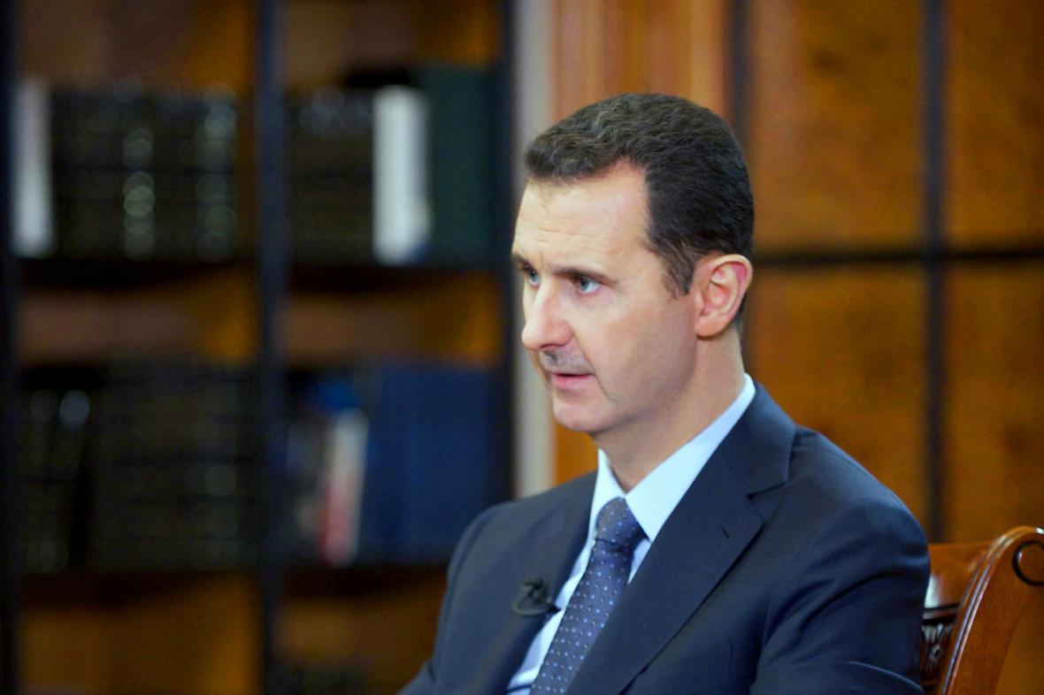 Bašár Asad při rozhovoru pro čínskou televizi