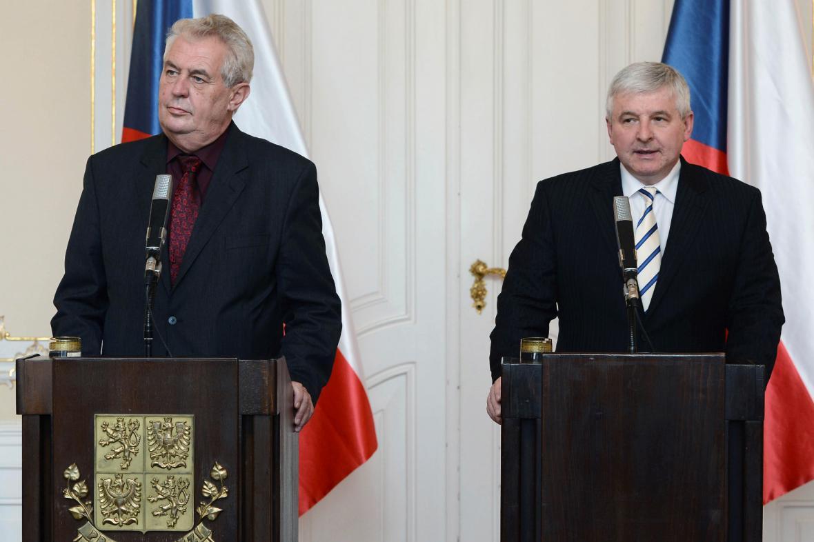 Miloš Zeman a  Jiří Rusnok na TK k situaci v Dole Paskov