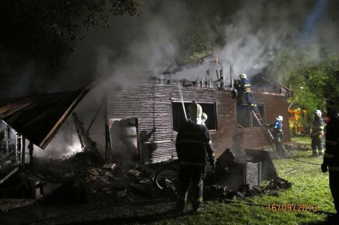 Požár skautské klubovny