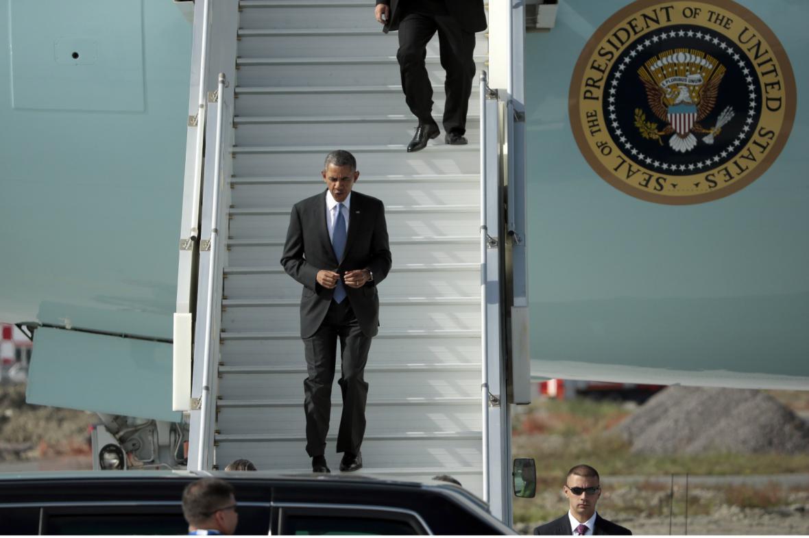Barack Obama po příletu do Petrohradu