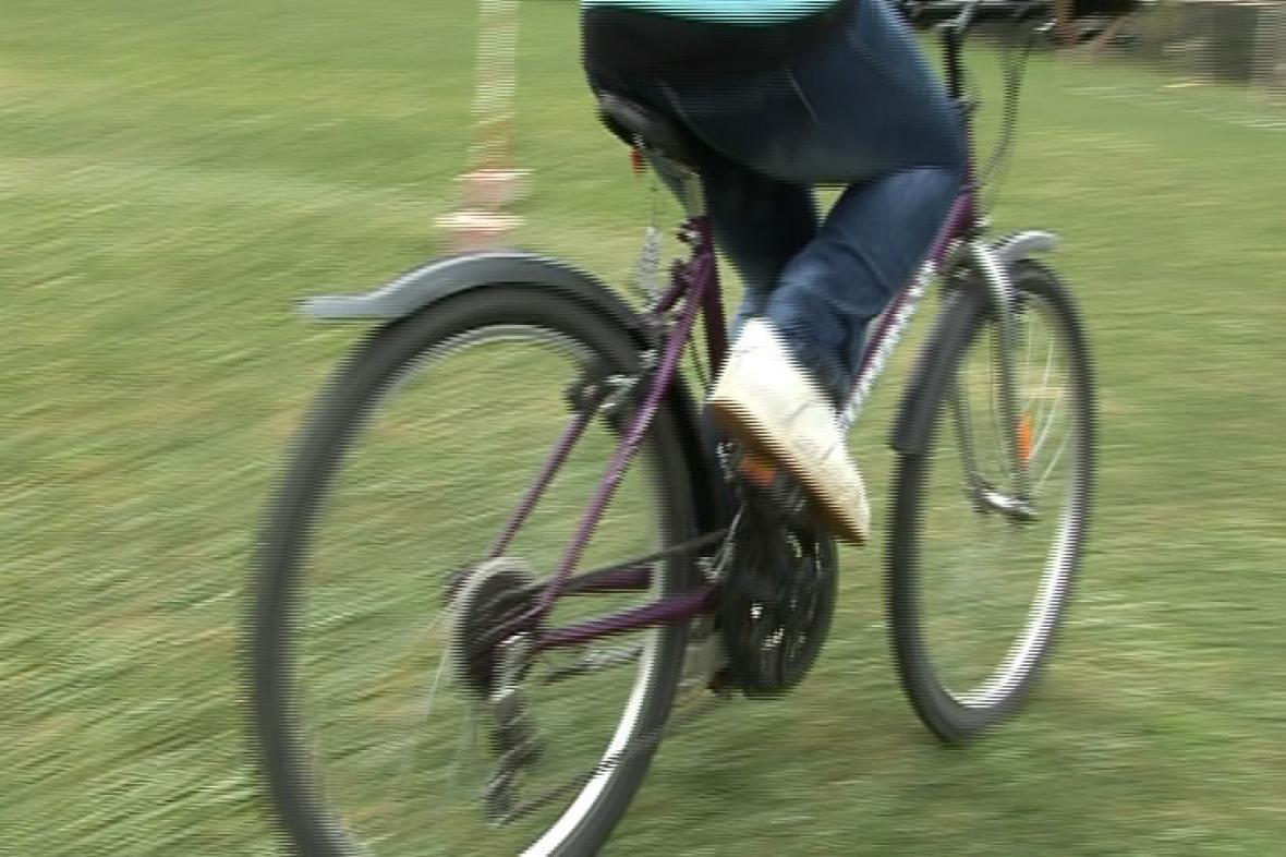 Jízda na kole - ilustrační záběr