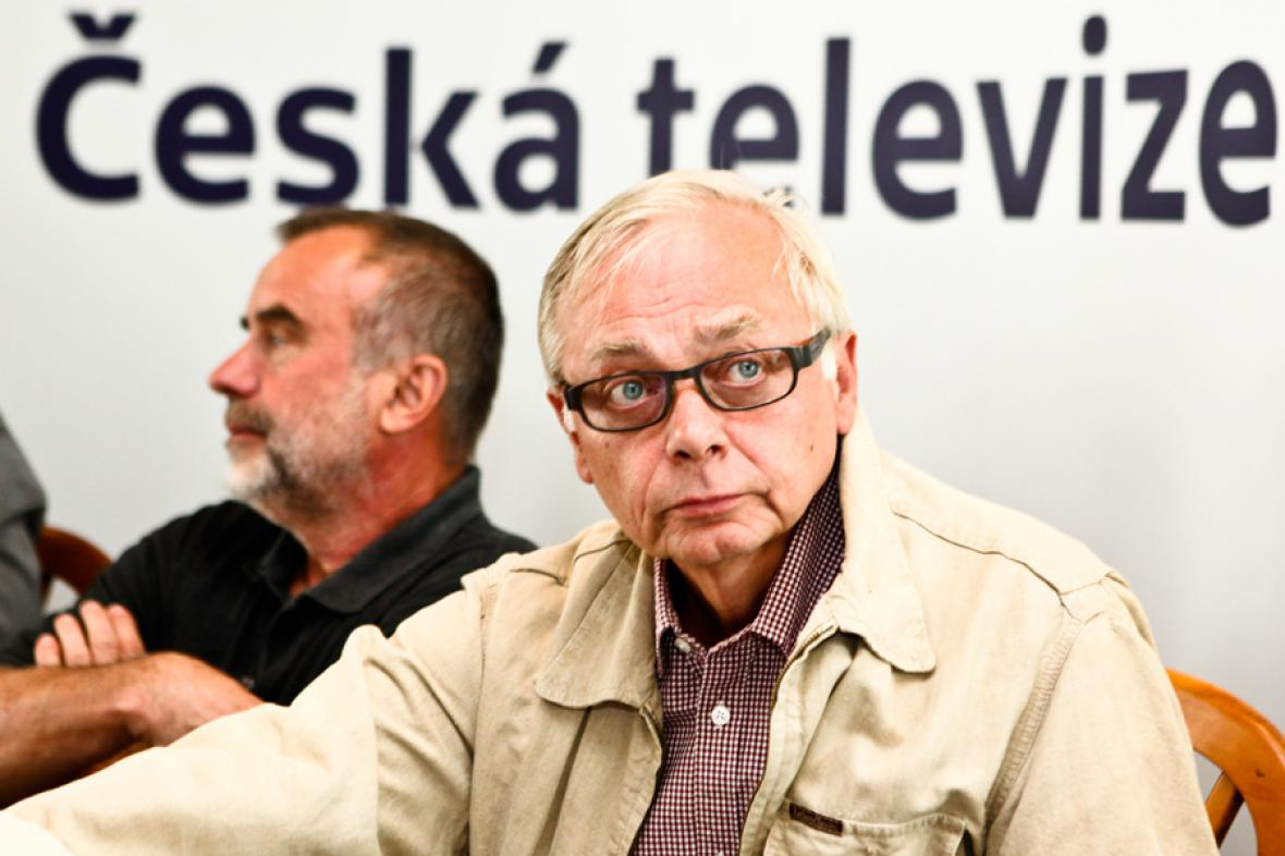 Režiséři cyklu Jaroslav Brabec a Karel Smyczek