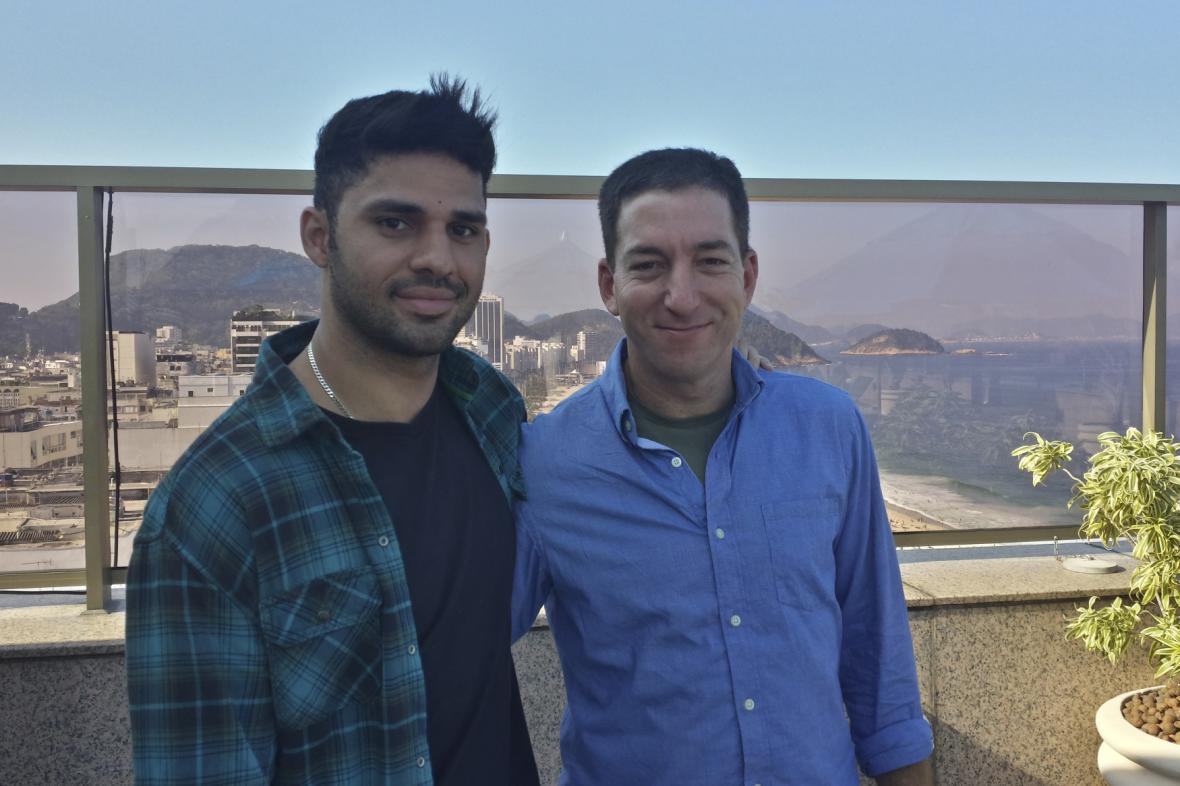 Glenn Greenwald (vpravo) a jeho životní partner David Miranda
